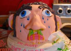 Even in hospitals people don't lose their sense of humor, meet twelve funniest nurse inspired cakes. Pretty Cakes, Cute Cakes, Cake Decorating Amazing, Medical Cake, Doctor Cake, Dessert Cookbooks, Amazing Cakes, Amazing Art, Fancy Cakes