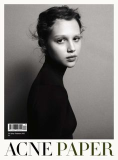Ever simple but ever striking covers of Acne Paper never fail to impress, this time fronting their cover is up and coming model Anais Pouliot captured by Daniel Jackson. Daniel Jackson, White Photography, Portrait Photography, Fashion Photography, Photography Styles, Editorial Photography, Acne Paper, Books Art, Magazin Covers