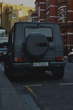 matte black g-wagon...YES