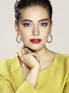 самые красивые черкесские девушки: Неслихан Атагюль / Neslihan Atagul фото