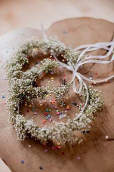La mariage champêtre coloré de A&A c'est une belle histoire d'amour, un déco canon, du DIY et de la bonne humeur !