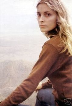 sharon tate, perfect natural beauty.  I could see why Roman went for Nastassja Kinski...she looked a lot like Sharon.