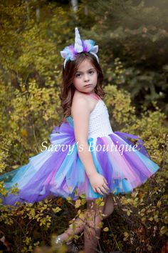 29 Ideas for dress party halloween costumes Diy Unicorn Costume, Unicorn Halloween, Unicorn Dress, Halloween Dress, Halloween Costumes For Kids, Halloween Party, Costumes Kids, Costume Ideas, Unicorn Birthday Parties