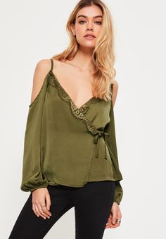 Missguided - Khaki Hammered Satin Lace Trim Cold Shoulder Blouse