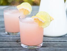 Goop Paloma MAKES 8 COCKTAILS 1 ½ cups silver tequila 4 ½ cups grapefruit soda (whole foods or san pellegrino) juice of 6 limes + lime wedges to garnish Summer Cocktails, Cocktail Drinks, Cocktail Recipes, Pink Cocktails, Cocktail Ideas, Drambuie Cocktails, Rumchata Cocktails, Cocktail Tequila, Sweet Cocktails