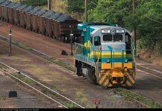 RailPictures.Net Foto: EFVM 717 EFVM - Estrada de Ferro Vitória a Minas GE BB36-7 em Vitória (ES), Brasil por Junio Gracielo