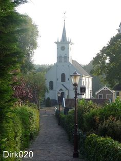 Het kerkje van Schellingwoude/The curch of Schellingwoude, Netherlands   www.facebook.com/loveswish