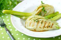 Hunajaista fenkolia – Hellapoliisi Pickles, Cucumber, A Food, Pickle, Zucchini, Pickling