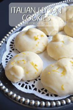 Italian Lemon Knot Cookies: Tarallucci Whether you call them Tarallucci or Italian Lemon Cookies, they make the best Christmas cookies! Soft and cake-like, with a refreshing burst of lemon flavor. Italian Lemon Cookies, Italian Wedding Cookies, Lemon Drop Cookies, Italian Christmas Cookies, Italian Cookie Recipes, Easy Cookie Recipes, Dessert Recipes, Pastries Recipes, Italian Pastries