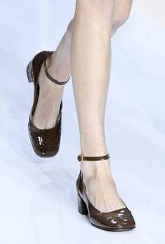 Katse kärkiin - odottamaton kenkätrendi on lyömässä läpi
