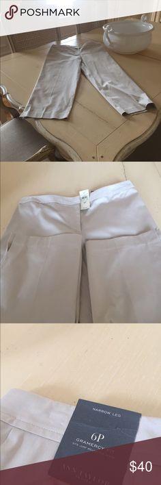 Ann Taylor Gramercy Fit Narrow leg trousers Beige pants 98%cotton 2%spandex machine washable. Petite Ann Taylor Pants Ankle & Cropped