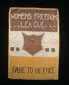 FIBERTIGER: suffragetternas broderade banderoller