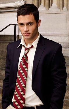 "Gossip Girl Penn Badgley as ""Dan Humphrey"" Dan Humphrey, Gossip Girls, Nate Archibald, Penn Badgley, Serena Van Der Woodsen, Girl Actors, Actors & Actresses, Blake Lively, Party"