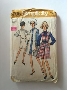 Vintage Sewing Pattern Women's 70's Mostly Uncut, Simplicity 8705, Mod, Sleeveless Coat, Dress (L) by Freshandswanky on Etsy