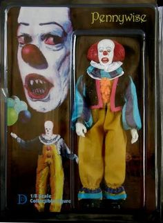 Pennywise The Clown 8 Retro Mego Style Figure stephen king, it, movie DD Custom Action Figures has decided to create its own range of Numbered Limited Edition, retro styled 8 inch action fgure with the same style and quality of the 12 Figures. Horror Icons, Horror Films, Horror Art, Horror Drawing, Horror Action Figures, Creepy Dolls, Creepy Art, Pennywise The Clown, Horror Pictures