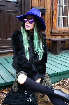 Bewolf Blog... #hawkers #sunglasses #sunnies #eyewear #fedorahat #fauxfurcoat #shreddedjeans #fringebag #booties #boho #bohemian #minthair www.bewolfclothing.com www.hawkers.co