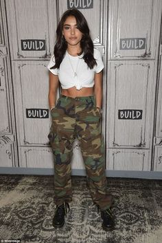 Authentic Vintage Unisex Military High Waisted Cargo Camo Pants Authentic Vintage Unisex Military High Waisted Cargo Camo Pants,fashion federxca jacket outfit ideas with camo pants fashion outfits outfits Teenage Outfits, Teen Fashion Outfits, Trendy Outfits, Summer Outfits, Classy Outfits, Work Outfits, Chic Outfits, Womens Fashion, Hipster Outfits