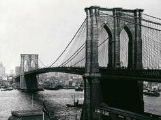 Brooklyn Bridge, New York, 1900 - August Loeffler