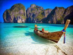 Thailand2Tailândia  Neste país do Sudeste Asiático nunca vai faltar coisas incríveis para fazer. Indo para a Tailândia lhe dará muitas oportunidades para explorar belas praias, desfrutar de uma deliciosa comida de rua e apreciar a paisagem intocada do continente. É um ótimo destino para ambos os viajantes econômicos e luxuosos, com alojamento barato, bem como Resorts de 5 estrelas.