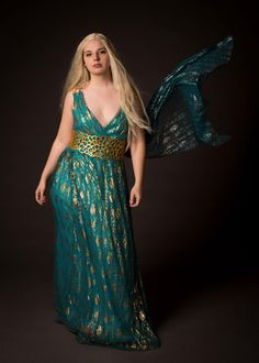 Daenerys from Game of Thrones Cosplay http://geekxgirls.com/article.php?ID=8373