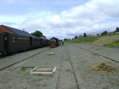 """Locomotora """"La Trochita"""" plano general de la estacion."""