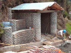 Construir con ecoladrillos ¿Una solución ecológica?