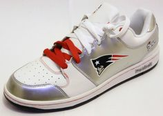 New England Patriots Shoes - Reebok Field Pass Size NFL Sneakers 3e4ea04bb