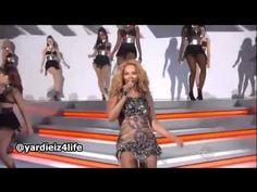 Beyoncé Run The World Girls Live Billboard Awards 2011   Tribute   Billboards...PURPLE FABULOSO D-DAYÇ¡,_)...