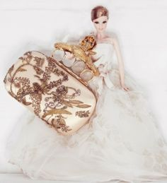 Clutche McQueen - Barbie para Vogue