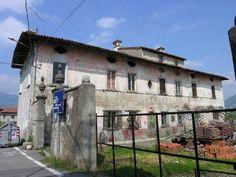 Cascina Grumi - architettura rurale in via grumi. La vecchia contrada era ben documentata nel catasto Napoleonico.