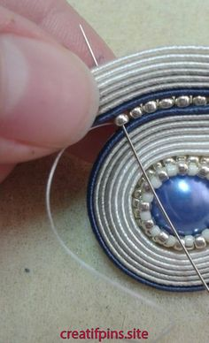 Jewelry OFF! 52 Ideas For Embroidery Jewelry Tutorial Soutache Earrings Bead Embroidery Jewelry, Soutache Jewelry, Textile Jewelry, Bead Jewellery, Fabric Jewelry, Wire Jewelry, Jewelry Crafts, Jewelery, Jewelry Ideas