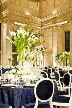 navy and white elegant table decor