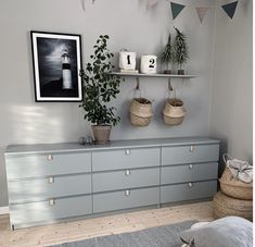 10 DIY IKEA-hacks, der sparer dig for mange penge & Ikea Kids Bedroom, Ikea Bedroom Furniture, Ikea Bedroom Storage, Office Storage Furniture, Bedroom Hacks, Ikea Storage, Home Bedroom, Furniture Makeover, Diy Furniture