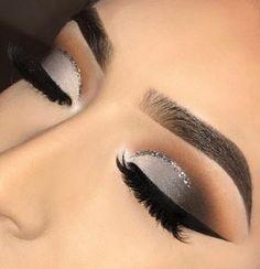 58 Latest Makeup Trends in 2019 - ~Make Up~ - Black Eye Makeup, Grey Makeup, Makeup Eye Looks, Dramatic Makeup, Cute Makeup, Gorgeous Makeup, Silver Eye Makeup, Makeup For Grey Dress, Sparkly Eye Makeup