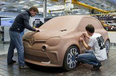 Discover the #design birth of #TwinRun concept car. (c) J-C Mounoury - Droits réservés #Renault