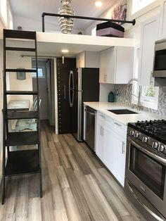 Luxury-Tiny-House-Hamptons-Homes_5