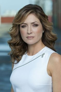 Sasha Alexander Loved her as Kate on NCIS and now love her more in Rizzoli and Isles on TNT