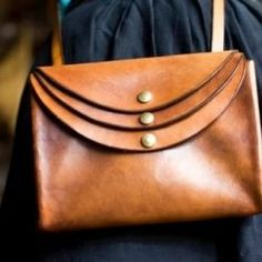 #purse #handbag Handmade Leather Purse, maybe made with sturdy fabrics?