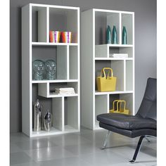 Modern white bookcase is cool library design for stylish modern living room or bedroom decor. With a white or black small clip that became a collaboration Bookcase Tv Stand, Bookshelves Built In, Bookcase Shelves, Book Shelves, Contemporary Bookcase, Modern Bookshelf, Interior Design Courses, Interior Design Living Room, Bathroom Furniture Uk