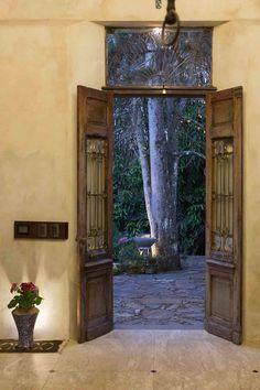 porta-de-entrada Entrance Gates, Cabanas, Knock Knock