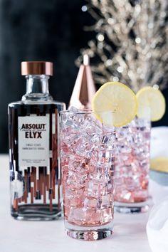 The Elyx Spritz Cocktail Recipe | Olive & Ivy #wineglasswriter