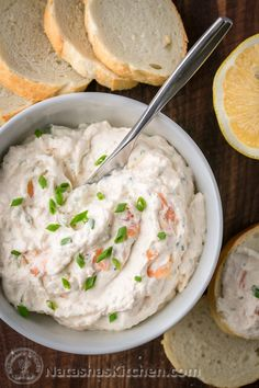 This smoked salmon spread is easy and Amazing Dip! Smoked Salmon Spread with simple ingredients. Keeps well in the fridge so you can make it ahead of time. Dip Recipes, Salmon Recipes, Seafood Recipes, Appetizer Recipes, Cooking Recipes, Appetizers, Pate Recipes, Appetizer Ideas, Smoked Salmon Spread