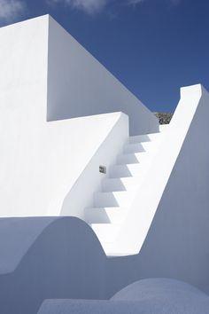 9 bedroom detached villa for sale in Santorini, Cyclades, Greece - Rightmove. Mediterranean Architecture, Mediterranean Homes, Art And Architecture, White Stairs, Minimalist Photography, Stairways, Interior And Exterior, Villa, Vacation