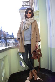 Jeans, grey sweater, cream scarf, camel jacket and brown leather bag. What else?