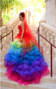 This woman who shall remain confidential, got married in this colorful catastrophe. Enjoy RushWorld boards, WTF FASHIONS, WTF PHOTOS and DOGS DRIVING CARS. See you at RushWorld! New content daily.