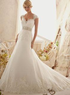 vestido novia escote corazón  Palabra de www.palmiracompilar.com #homenajeatuangel