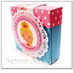 Caixa para balas, confetes ou lembrancinha. Aprenda esta e mais peças em meu CD com passo a passo - Scrap Festa Princesas www.scrapjackie.com
