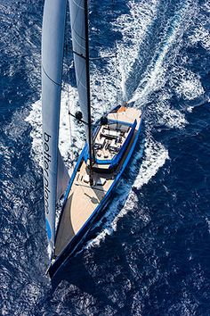 Wally 'Better Place': Carbonfibre sailing yacht
