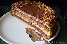 Tort grilias ciocolata nuci caramelizate (12) Something Sweet, Tiramisu, Deserts, Dessert Recipes, Food And Drink, Ice Cream, Homemade, Cookies, Ethnic Recipes