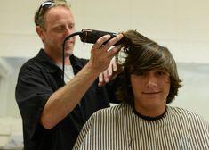 Soldier Haircut, Beard Haircut, Men's Haircuts, Haircuts For Men, Hairstyles, Shaved Head, Conceptual Art, Barber Shop, Short Hair Cuts